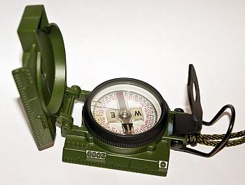 Click image for larger version.  Name:7918d1415723064-basic-compass-navigating-101-640px-cammenga-lensatic-compass-model-27.jpg Views:4 Size:49.3 KB ID:992